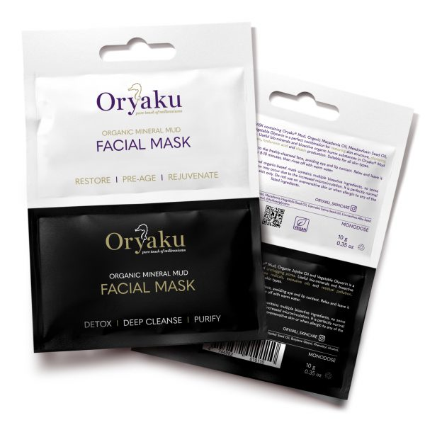 Restoring facial mud mask